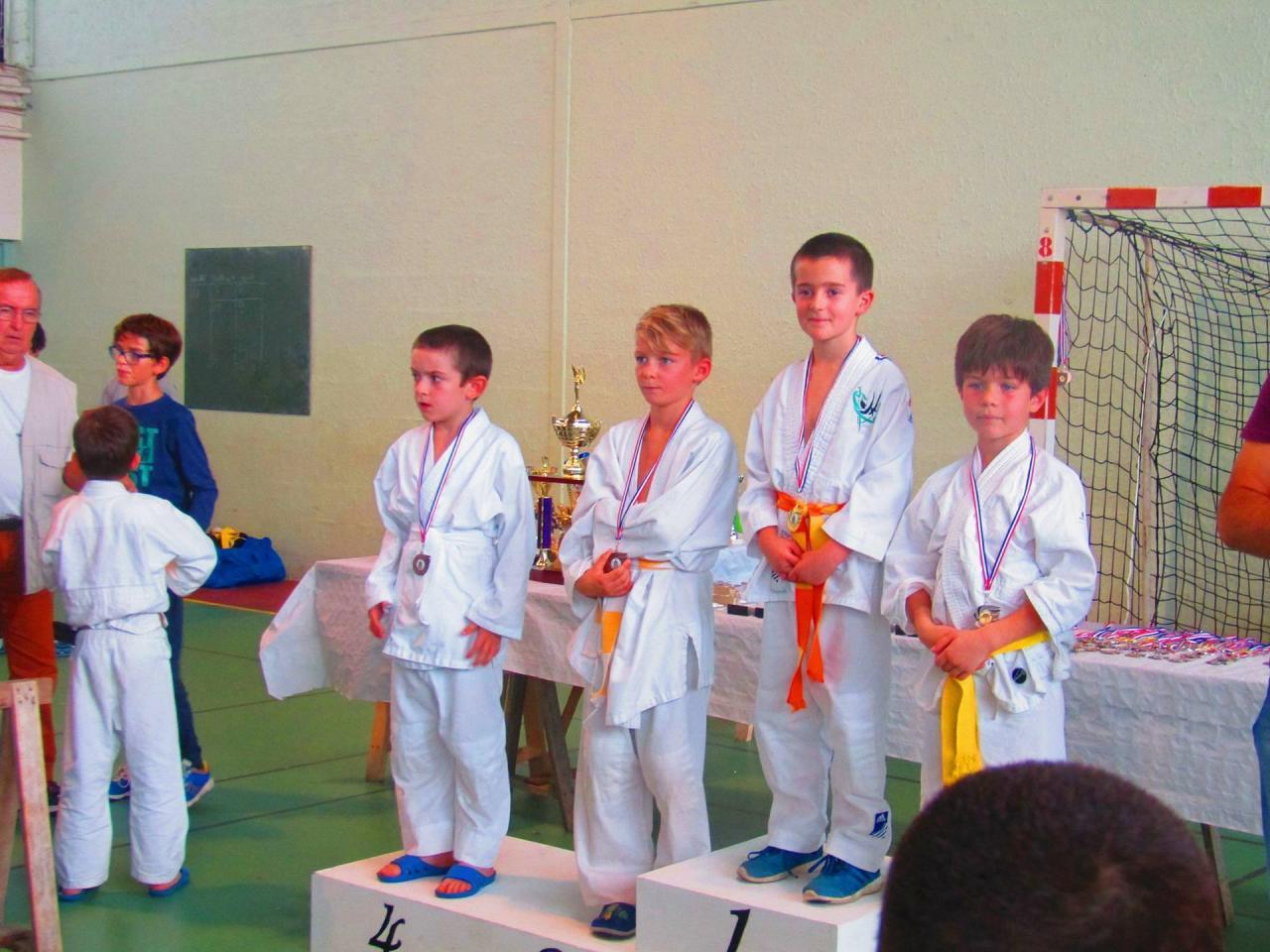 podium greg